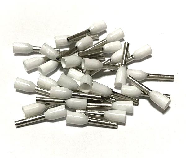 Dutinka izolovaná, průřez 0,75mm2 / délka 8mm, bílá